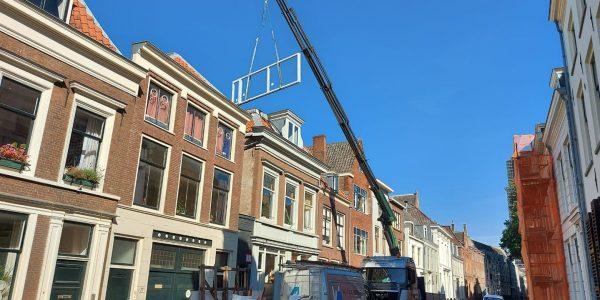 Utrecht - Plaatsing kozijn Waaijenberg Bouw en Verhuur